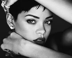 3. Rihanna2